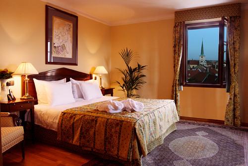 Golden Well Hotel - Luxurious elegance : Bedroom of Suite Rudolf II