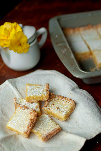 Lemongrass Coconut Shortbread bars