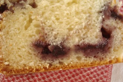 Plum cake con marmellata ai frutti di bosco