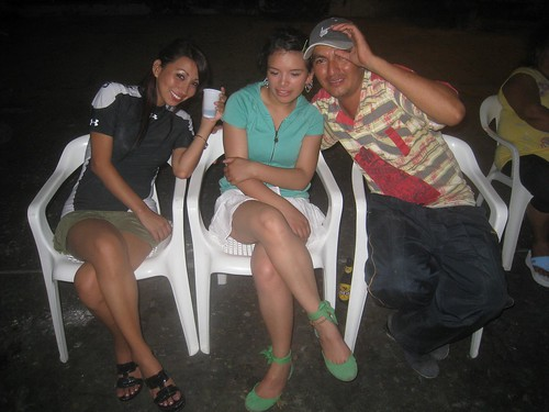 (from left) Karin, Jarib, our Colombian guide