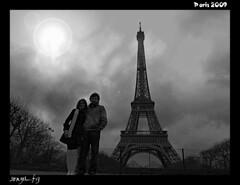 L'amour (sonya_fg (preparando boda y casa)) Tags: paris lumix tour eiffel panasonic views monuments mywinners citrit fz28