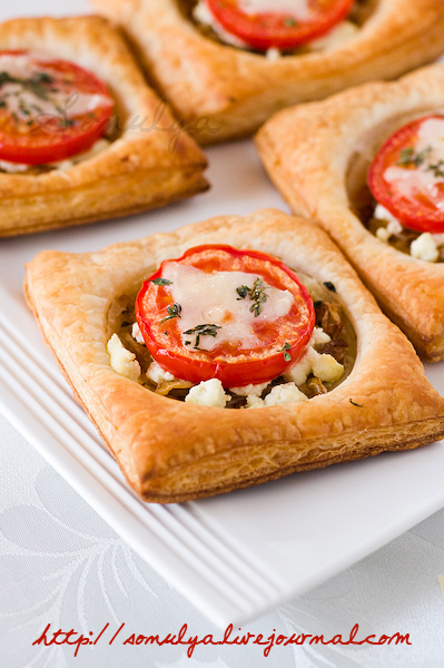 Tomato & Goat Cheese Tarts