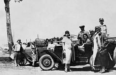 Ascoli com'era: donne & motori . . . ('20) (Orarossa) Tags: auto italy italia marche autodepoca ascolipiceno ascolicomera 0230083