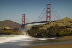 Golden Gate Bridge #1 (scm076) Tags: sanfrancisco california red waves goldengatebridge goldengate bakerbeach internationalorange d80 nikond80 march2008 scenicsnotjustlandscapes grouptripod