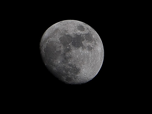 Tonight's Moon 04-06-09