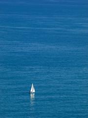 INMENSIDAD (zorrillo producciones ) Tags: blue sea espaa naturaleza nature water azul del boat mar spain agua mediterranean mediterraneo barco olympus oropesa castellon evolt embarcacion e520