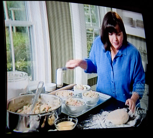 and now for an episode of the barefoot contessa. - i am bossy