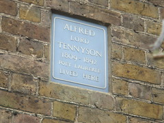Photo of Alfred Lord Tennyson blue plaque