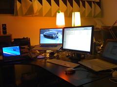 sunset sky plane office mac aircraft jet samsung workstation lamborghini ufficio netbook iaf reventon macbookpro digitalnatives xnir