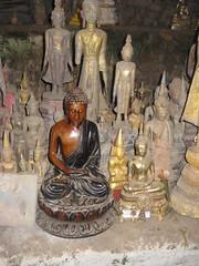 IMG_4113 (tomaszd) Tags: geotagged laos lao louangphabang banpakou geo:lat=2004918667 geo:lon=10221108667