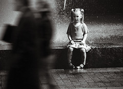 god don't make lonely girls (Alexander Kuzmin) Tags: street city water fountain girl kid eyes alone child petersburg lonely gaze sloppy rainman passingby bypasser alexanderkuzmin kuzmin rainbook wwwalexanderkuzmincom