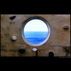 Looking through ... (juntos ( MOSTLY OFF)) Tags: blue friends sea me relax bravo shell harmony favouriteplaces artisticphotography musictomyeyes lookingthrough xoxoxox thegoldengallery tosm mywinners abigfave thebigfave creativephotographer aplusphoto blueribbonaward infinestyle diamondaward aphotos heartsawards theunforgettablepictures diamondhearts rubyaward brillianteyejewels goldsealofquality betterthangood theperfectphotographer photographersparadise dragongoldaward 100favesgroup peaceawards thirdlife passionforphotography citrusaward photographersgonewild 100commentgroup freedomhawk justproject mastersgallery lightpaintersociety flcikrshearts artofimages bestmininalshot saariysqualitypictures perceptiongroup imagesforthelittleprince musicandfriends firstofall thepowerclub anthologyofbeauty winksplace bestcapturesaoi splendidpictures joebtesgroup empyrianlandandcitiescpes elitegalleryaoi