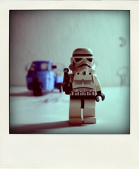 ... (icomewhenieatcaponata) Tags: blue moon white tree film movie leiden die lego mr drop des ape stormtrooper production palermo piaggio stopmotion jungen lapa     poladroid      peppopeppo  puddicinu icomewhenieatcaponata