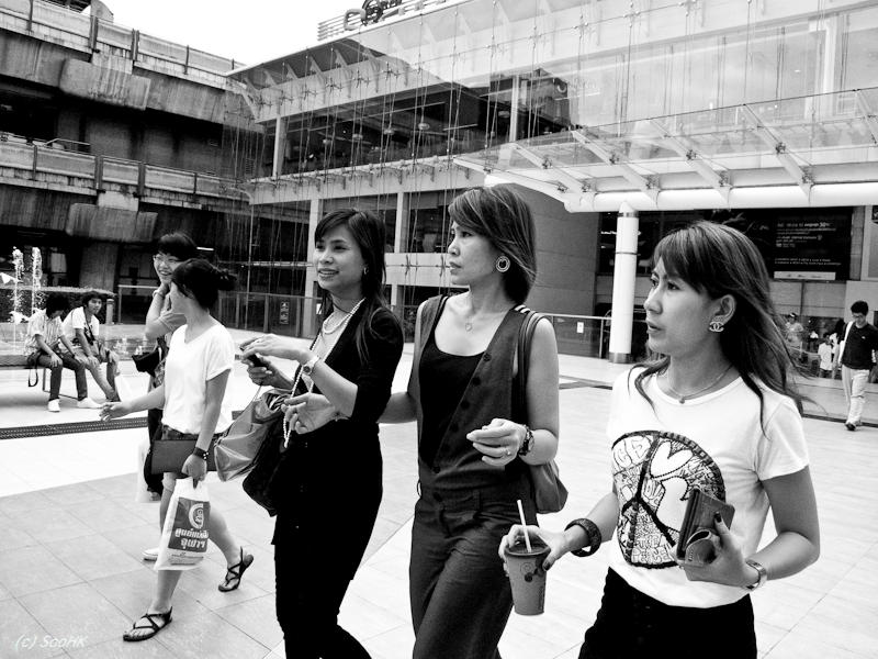 Girls Lets Go Shopping @ Bangkok, Thailand