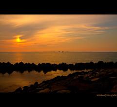 To Distant Shores (HDR) ( WimKok) Tags: sunset canon zonsondergang rotterdam raw noordzee northsea handheld hdr maasvlakte autobracket sigma1770 eos50d