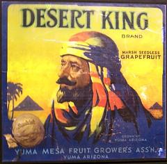 Desert King Brand, c. 1940s (Will S.) Tags: arizona usa 1940s arab labels mypics  yuma headdress sunkist  keffiyeh hajiali headgear kufiya shemagh ghutrah hijolly  vintagelabels  pui hacali kaffiyah desertking johnmedley   chafiye hadjiali citruscratelabels mashadah    aah kfiyyah desertkingbrand marshseedlessgrapefruit yumamesafruitgrowersassn yumamesafruitgrowersassociation arizonacitruscratelabels citruslabels jjal  alialhajaya arizonasforgottencthestoryofcitrusandtheartitinspired medleycitruslabelarchives