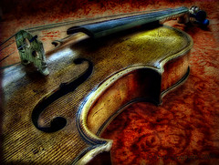 F Hole ♪♪♫♫♪♪♫♫ Violin (Piotr Zerynger) Tags: music gimp violin f finepix fiddle orton ♫ ♪ skrzypce tonemapped ♫♫ s6500fd ♪♪ finepixs6500fd artistictreasurechest musicsbest