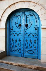 Traditional Door (Paul 'Tuna' Turner) Tags: africa door travel holiday canon mediterranean village northafrica tunisia tunis sidibousaid decoration arabian tunisie canoneos400d