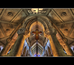 Heavenly Symmetry (Ryan Eng) Tags: church hawaii oahu spooky symmetrical honolulu dri hdr sigma1020mm saintandrewscathedral digitalblending nikond90 ryaneng symmetryflips