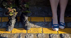 Contrast (WWW.KANEYOUNGPHOTOGRAPHY.COM) Tags: feet lines yellow contrast flickr headland hartlepool