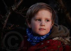 Little Big Adventurer (m8bilder) Tags: boy kid child outdoor kind allrightsreserved junge watermark videolight wasserzeichen bloggingnotallowed dontstealmywork