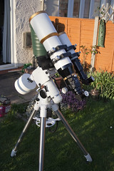 William Optics telescope rig (Kaustav Bhattacharya) Tags: tripod mount telescope astronomy 110mm megrez 66mm williamoptics