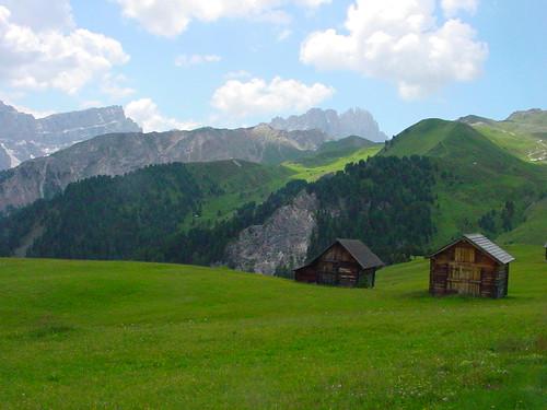 Ausblick auf die Dolomiten der Umgebung vom Würzjoch / Villnöss aus