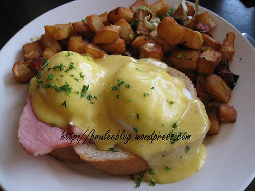 eggs benedict on French bread and diner potatoes