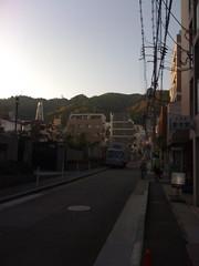 神戸 街角と山脈20090418