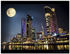 Reflections on the Yarra... (Chantal Steyn) Tags: city travel moon color tourism water reflections river nikon australia melbourne casino yarra crown d80 nohdr photoshopcs3 nikonflickraward nikkor1685mm