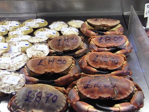 Caranguejos ingleses a venda em Borough Market. Foto de Ofer Deshe, CC