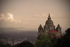 No es Montmartre pero se le parece... (happy imana) Tags: portugal church monument beautiful clouds landscape lafotodelasemana view monumento iglesia paisaje nubes vista templo vianadocastelo nikond60 anawesomeshot
