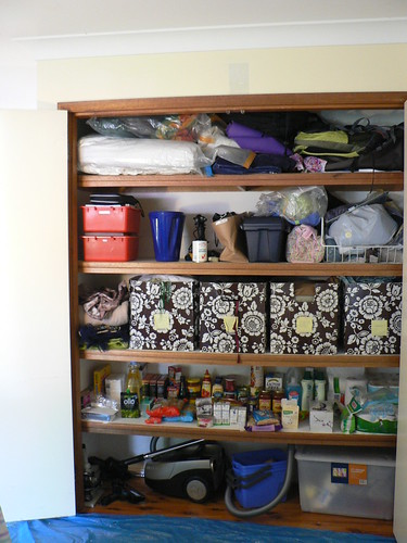 Linen Cupboard BEFORE