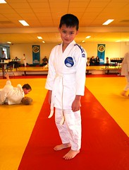 Tim's Second Judo Tournament (tokek belanda (very busy)) Tags: boy people judo holland sport kids children tim child explore tournament timothy timo jongen budo toernooi kiryoku