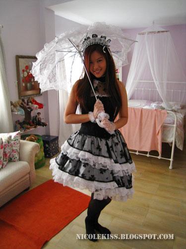waitress lolita