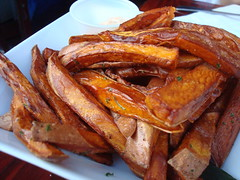 supper at kalalu: sweet potato fries. (sheep sheep) Tags: food montreal caribbean stdenis kalalu