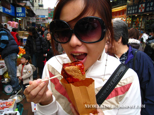 eating smelly tofu