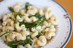 Pasta with Goat Cheese and Roasted Asparagus (.mariannika.) Tags: food cooking eating marthastewart everydayfood artisthehandmaidofhumangood 60week eatingonabudget creamygoatcheesepastawithroastedasparagus csaweekone