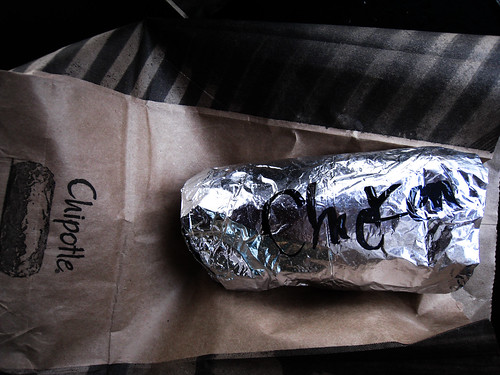 chipotle chicken burrito to go