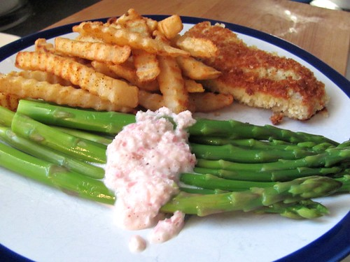 Eva's Asparagus with Grey Moss Inn White French Dressing
