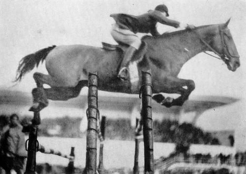 Conchita Cintrón Equitación