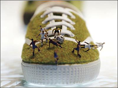 百分百足球鞋/古怪设计