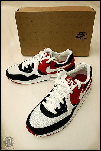 light red white black max shoes box air sneakers nike kicks sportswear