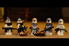 The Big Game Hunters (im.mick) Tags: game star big nikon lego troopers wars clone cockroach hunters d80
