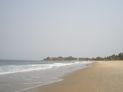 Looking North on Aberdeen Beach (rustinpc) Tags: sierraleone freetown