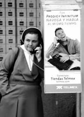 Bueno, bueno (Orfanato) Tags: street calle phone talk alegre telefono monja telmex hablar aburrido caseta llamar