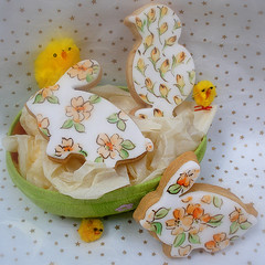 Easter Cookies (neviepiecakes) Tags: bunnies cookies easter spring handpainted biscuits chicks vanilla rabbits sweettreats