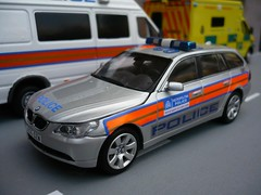 Code 3 BMW Met Police 5 Series Estate Traffic Car 1:43 (alan215067code3models) Tags: 3 car code estate traffic 5 police bmw series met 143