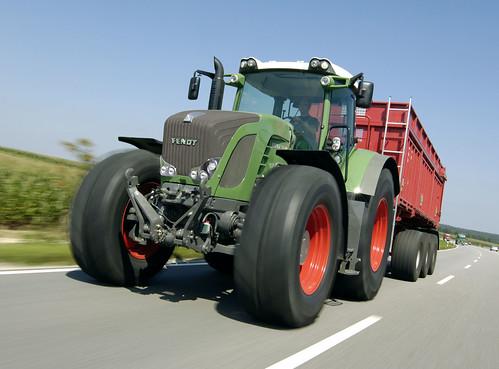 Traktory rolnicze FENDT - test drogowy