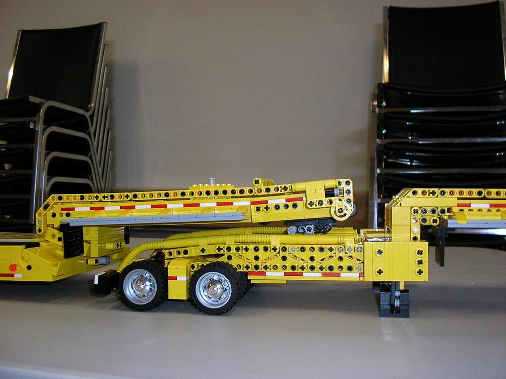 Lego Heavy Haul Equipment Trailer
